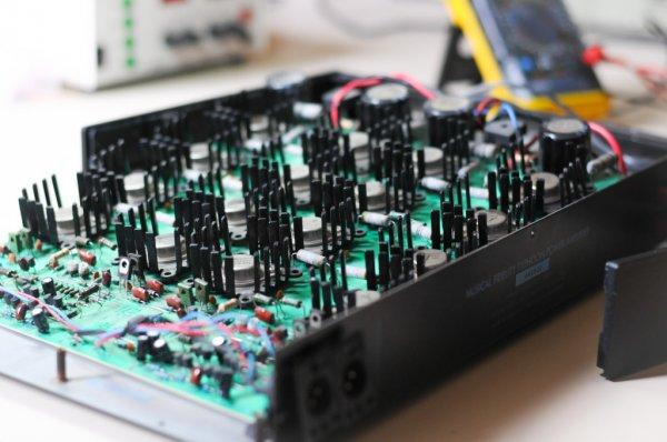 Tayoro ELECTRONICIEN LCD