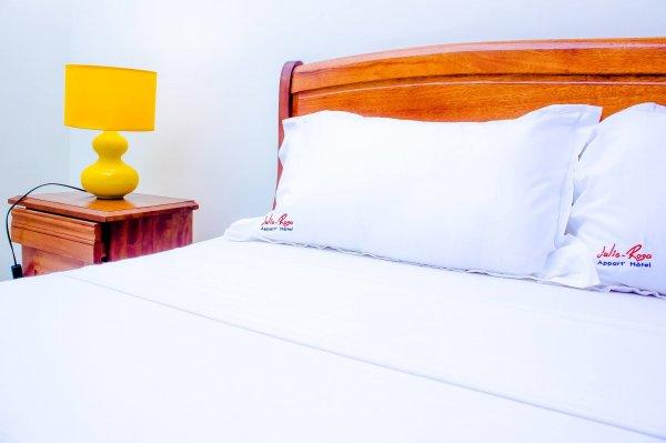 Julie-Rosa Appart-Hotel