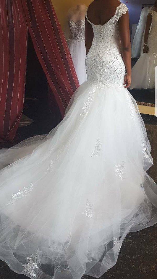 Krysten's Brides- Robes de mariée