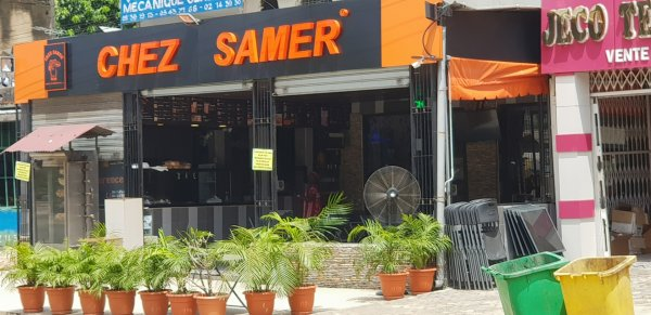 CHEZ SAMER