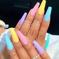 Pishy nail bar