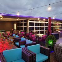Lorenzo Lounge